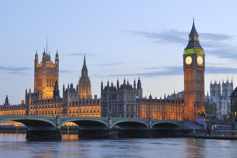 globedge-travel-london-houses-of-parliament-big-ben