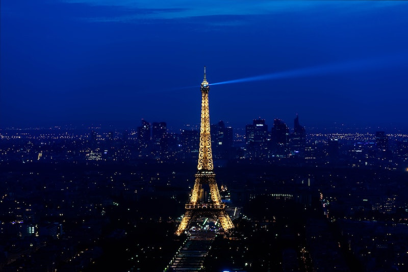 globedge-travel-paris-eiffel-tower