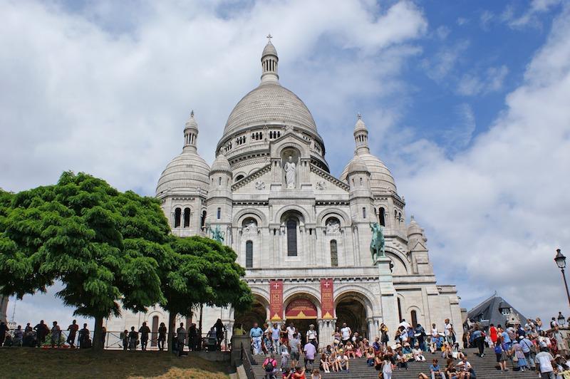 globedge-travel-paris-montmartre-sacre-coeur-800