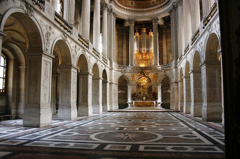 globedge-travel-paris-versailles-royal-chapel