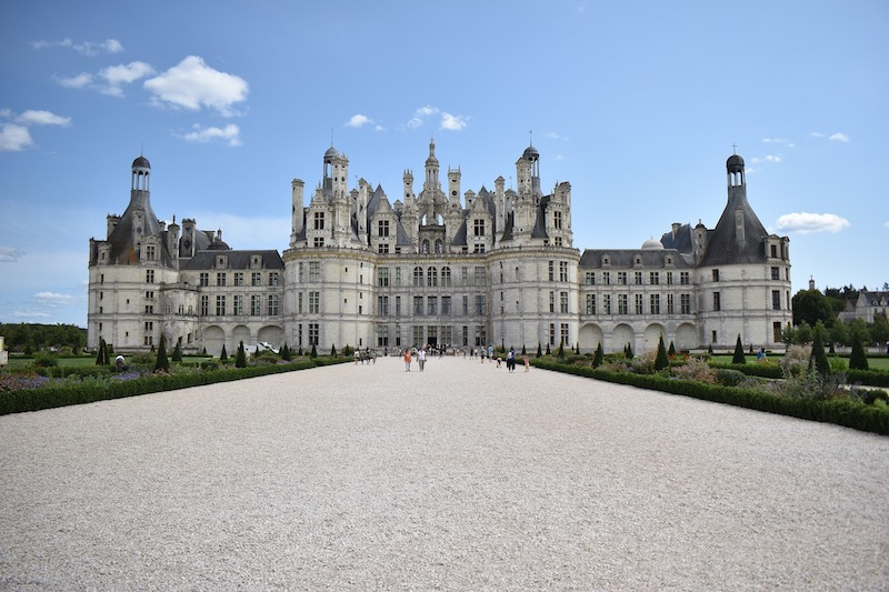globedge-travel-france-loire-chambord-castle