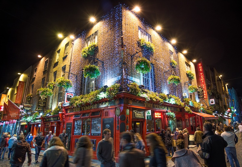 globedge-travel-republic-ireland-dublin-temple-bar